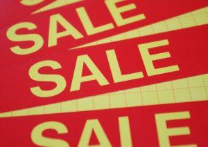 【生活用品を揃えるためのコツ9】セール品を購入する